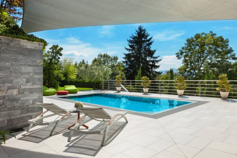 Preparing Your Swimming Pool for Spring